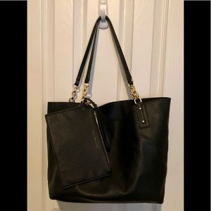 Tommy Hilfiger Tote & matching envelope purse